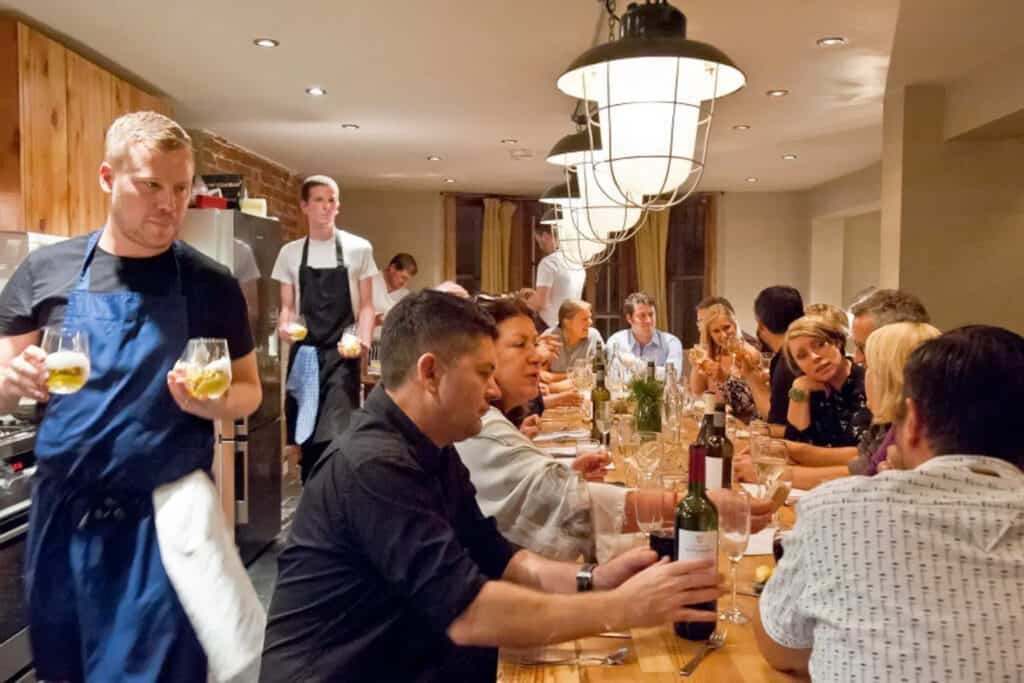 Beatnik-Central. Large Brighton stag & hen party houses, luxury group accommodation & private dining rooms